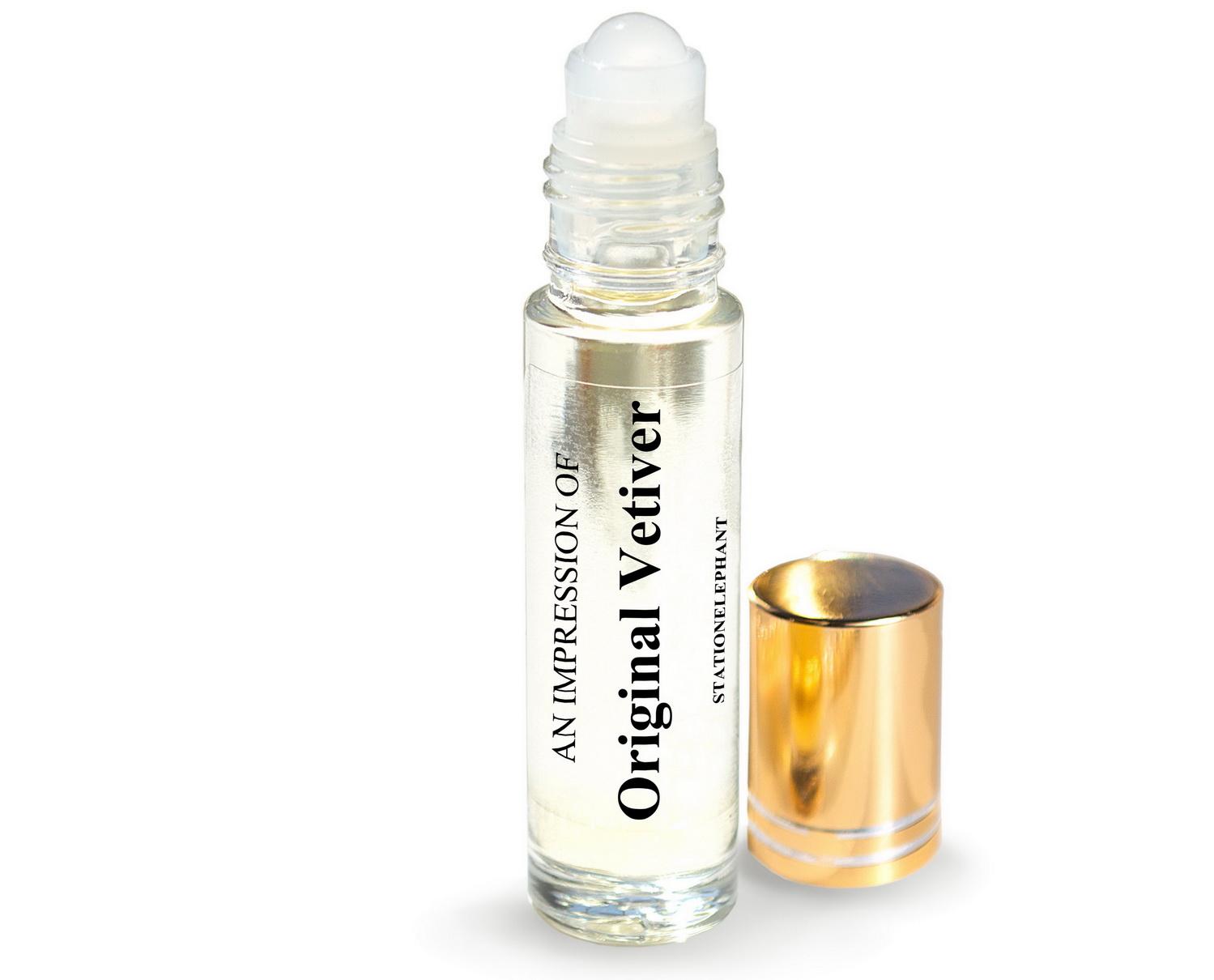 Original Vetiver Type Vegan Perfume Oil by StationElephant.
